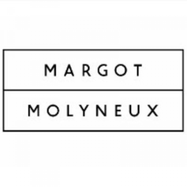 Margot Molyneux clothing
